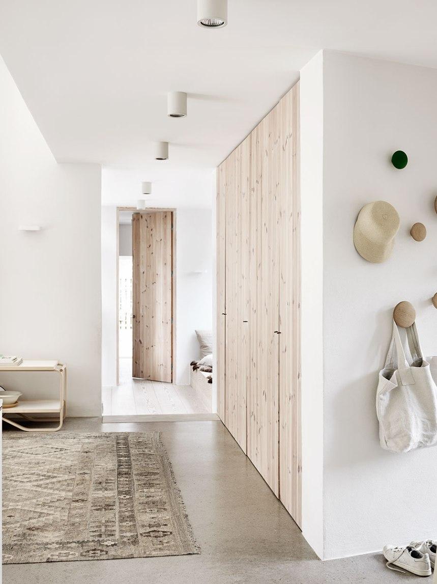 light-wood-terrazzo-floor-neutral-color-palette-Scandinavian-interior-inspiration