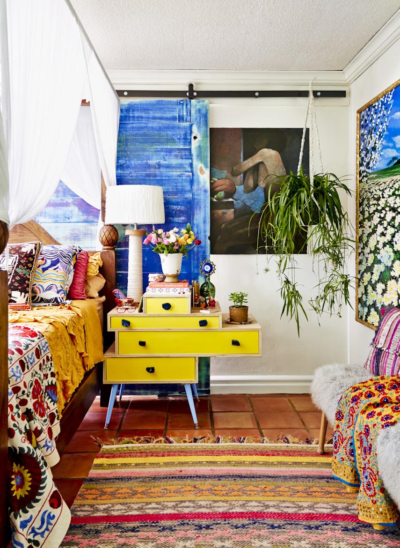 florida-bohemian-bedroom-yellow-end-table-interior-photography