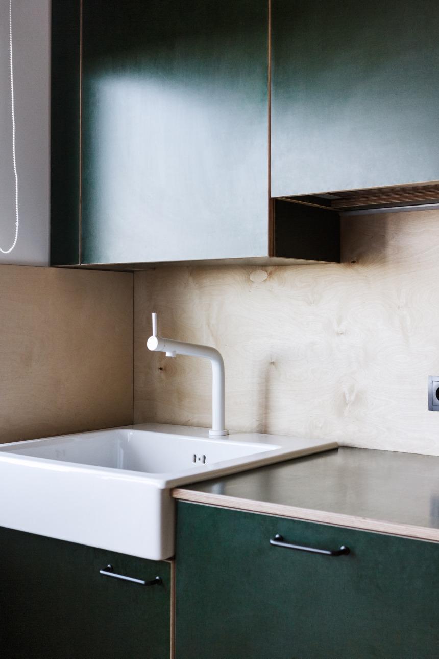 149-roman-shpelyk-interiors-residential-ukraine_dezeen_2364_col_8