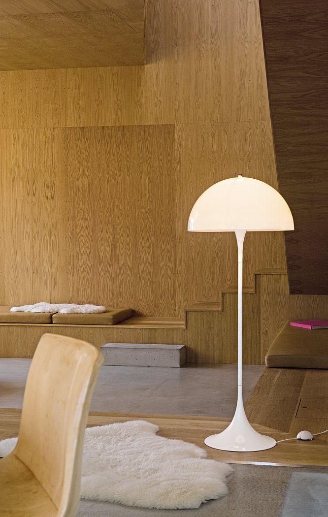 floor-lamp-panthella-white_madeindesign_197118_original.jpg